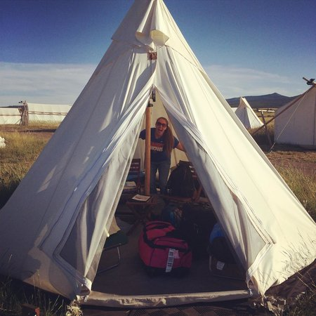 Under Canvas Yellowstone: Tipi