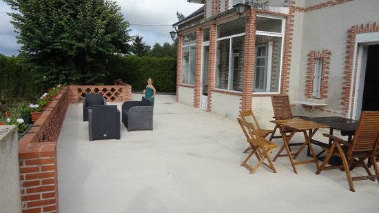 Chambres d'Hotes la Grenouillere: Terrasse