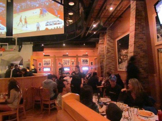 NBA City: Também possui um bar