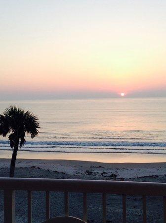 Quality Inn & Suites On The Beach : Love it!!