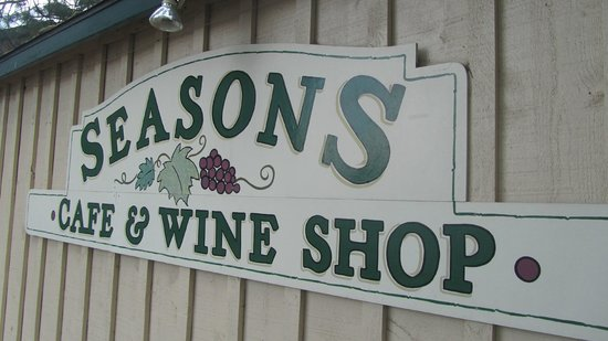 ‪Season's Cafe and Wine Shop‬