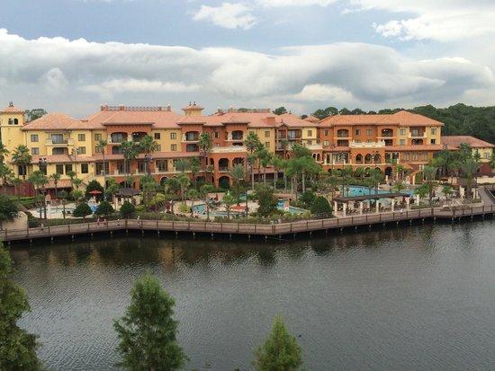 Wyndham Bonnet Creek Resort: Balcony view from Tower 1 6th floor