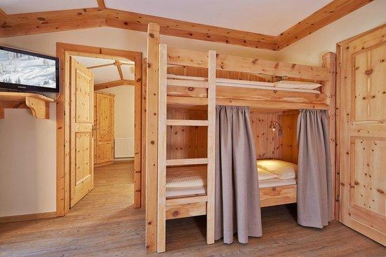 Hopfgarten: Kinderzimmer1