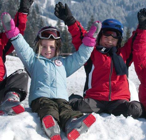 Hopfgarten: Kinder im Schnee