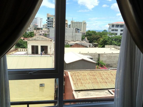 Than Thien Hotel - Friendly Hotel: vue (pas top)