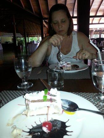 The Palms Hotel: restaurant