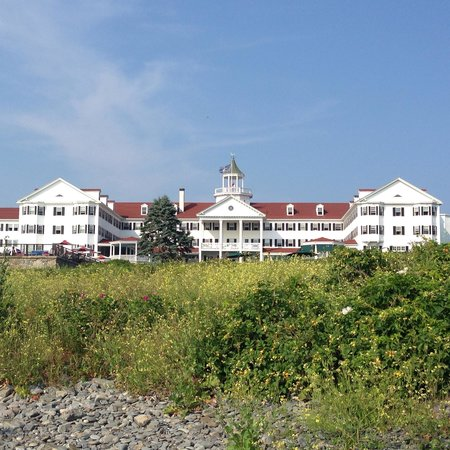 Colony Hotel: View from private beach