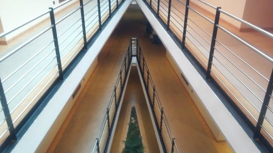 Illot Park Hotel: Hotelflur - Zimmerbereich