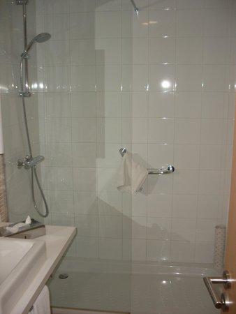 Royal Oasis Club at Pueblo Quinta: bathroom