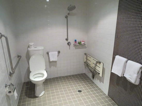Pensione Hotel Sydney - by 8Hotels : Bathroom
