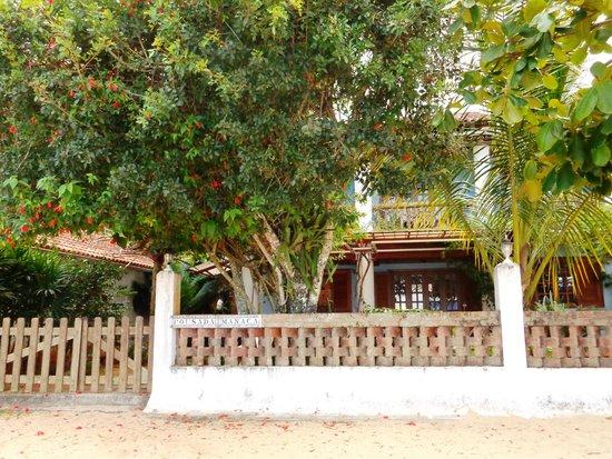 Pousada Manaca Inn: Pousada Manaca facade