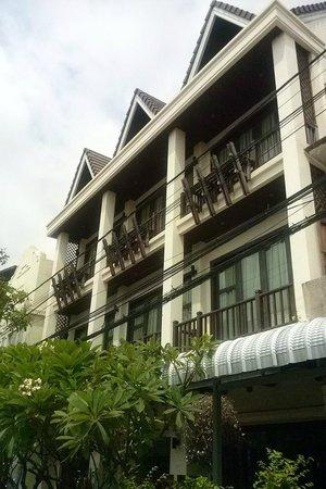 Vong Kham Sene Hotel: ด้านหน้าโรงแรม