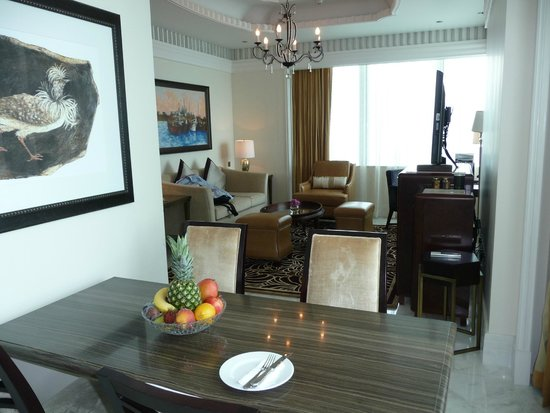 The St. Regis Abu Dhabi: Suite