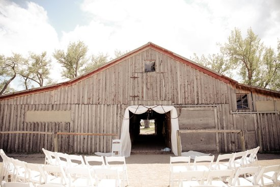 The TA Guest Ranch : TA Barn