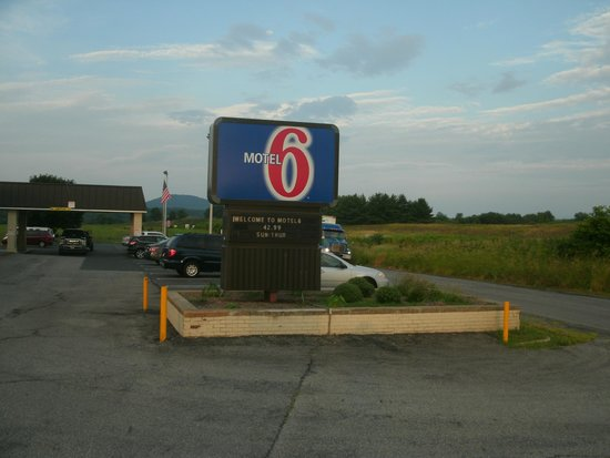 Motel 6 Staunton: Entrance
