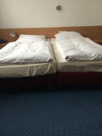 Hotel Gasthaus Rheinlust: Beds