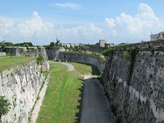 Castillo De Los Tres Reyes Del Morro : Belas construções