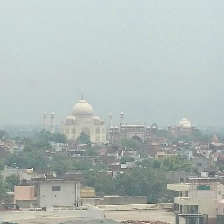 The Gateway Hotel, Agra: View of the Taj from level 5