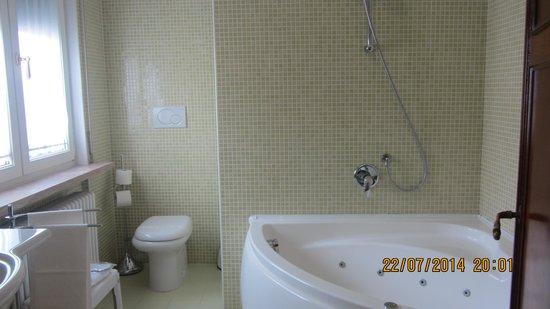 Hotel Continental: Ванная