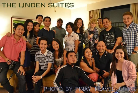 The Linden Suites : Group of Friends