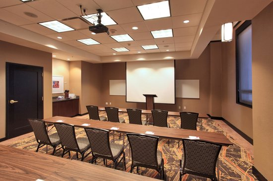 Residence Inn Omaha Downtown/Old Market Area : Flexible Meeting Space, Classroom Style