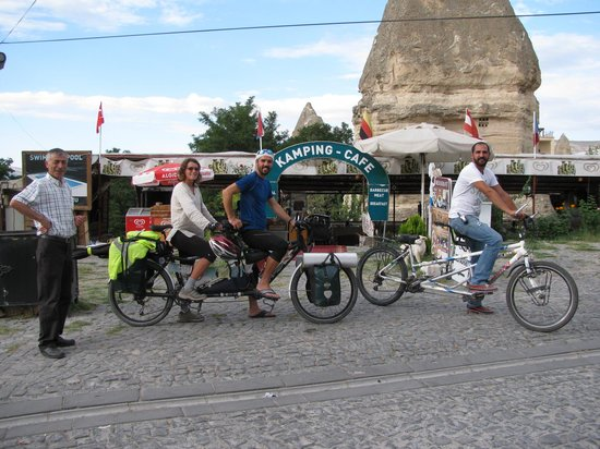 Dilek Camping: when a tandem meets another one