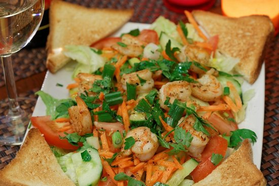 La Creperie: Salade de scampis