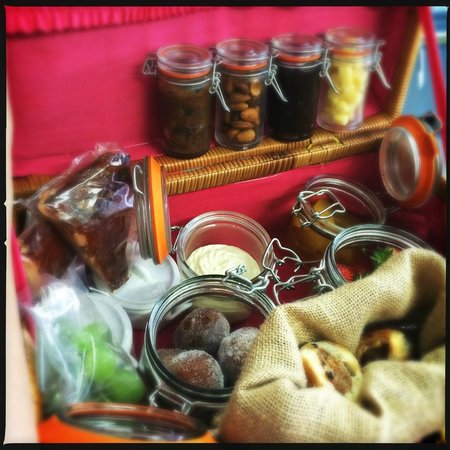The Miller of Mansfield: Picnic hampers available for all occasions