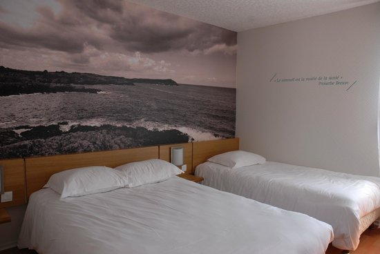 Hotel Au Chene Vert : chambre triple
