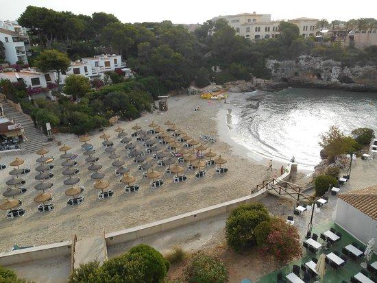 Barcelo Ponent Playa: Vista desde la terraza de la habitación