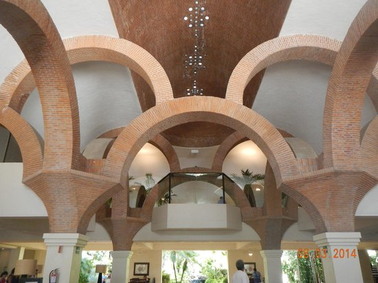 Velas Vallarta: Beautiful lobby