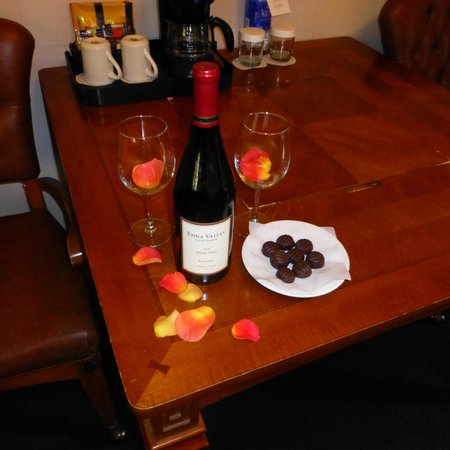 Sycamore Mineral Springs Resort and Spa: Wine and Chocolate