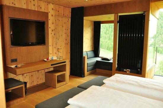 "Gradonna Mountain Resort Chalets & Hotel: Gradonna Zimmer ""Klassik"""