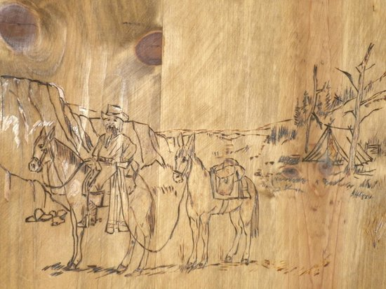 Virginia City Inn: Cool Wood Sketch