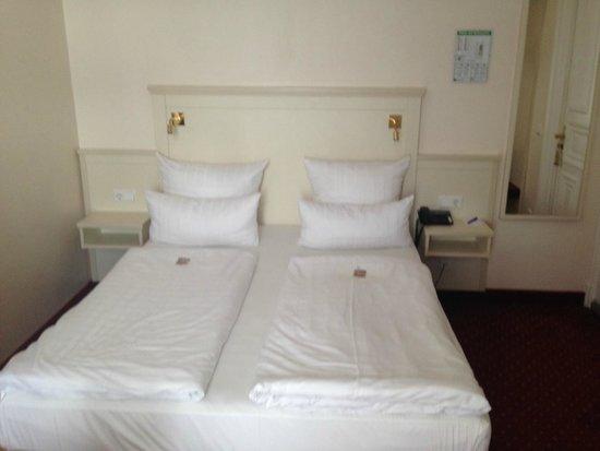 Hotel Fuerst Bismarck : Bella camera