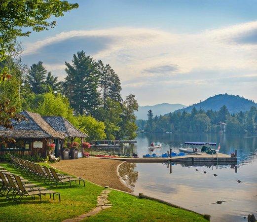 Mirror Lake Inn Resort & Spa: Pristine Beach Front at Mirror Lake Inn