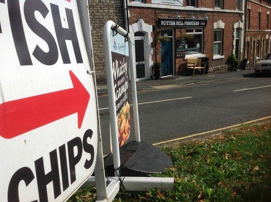 Potter Hill Fish Shop : That's Art that is!