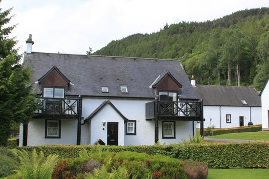 The Kenmore Club: lodges
