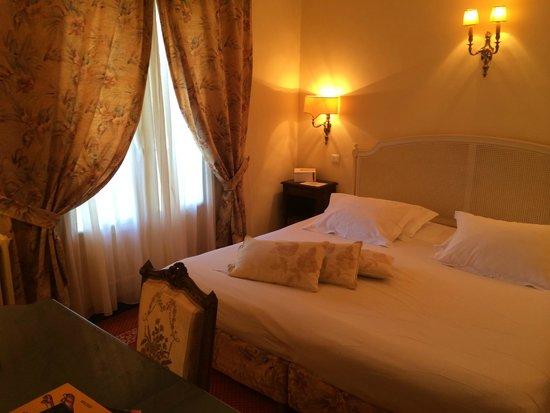 La Bonne Etape : Camera da letto della Suite 22