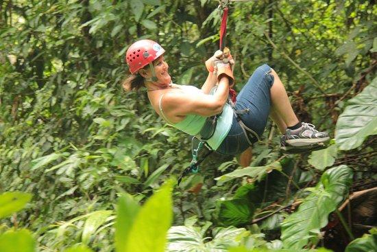 Canopy Safari: Zip line travelling