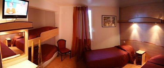 Hotel Restaurant Acotel Confort : Chambre quadruple