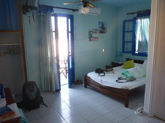 Voula Beach Rooms: Chambre B, 1er étage