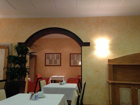 Novo Hotel Rossi: ресторан