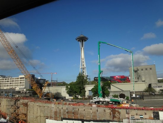 Seattle Pacific Hotel : In back of the hotel (view from room)