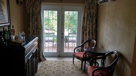 Sandals Royal Bahamian Spa Resort & Offshore Island : Nice french patio doors