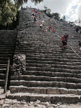 Ruines de Cobá : Climbing Nohuch Mul - Coba