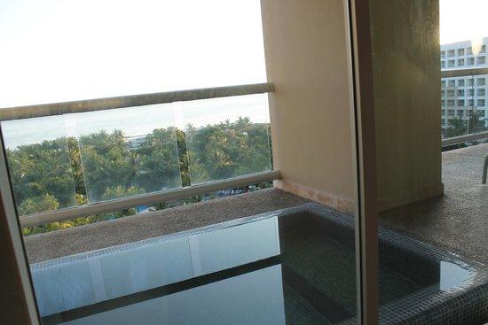 The Grand Mayan Nuevo Vallarta: View from Balcony