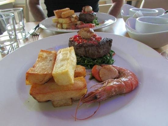 Hooked on the Rocks: Surf and Turf