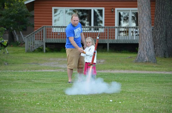 Hiawatha Beach Resort : Rocket Launch