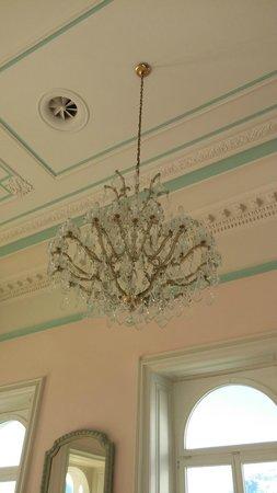 Hotel Bernina 1865 : lustre pdj